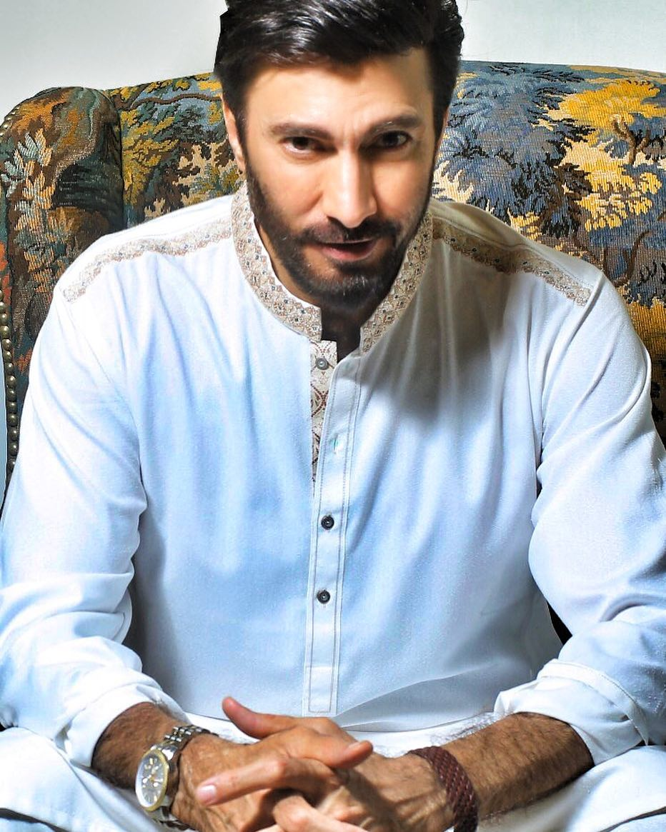 Aijaz Aslam Biography Age Career Body Measurement Family Wife Affairs Dramas Movies Much More Phupo