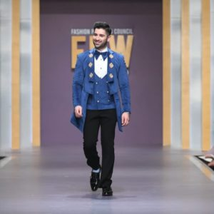 Muneeb Butt Showbiz A-Listers Walked Ramp And Stole The Limelight At Fashion Pakistan Week (12)
